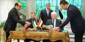 hamas-fatah-pen-landmark-reconciliation-deal-cairo