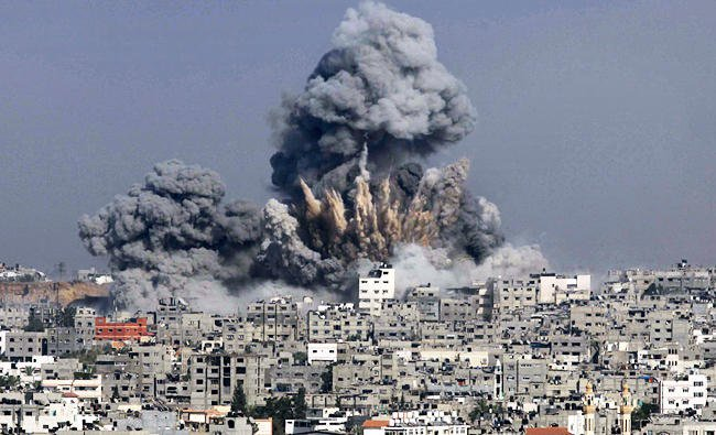 israeli-jets-bomb-syria-arms-depot-monitor