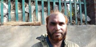 56-year-old-ghulam-hasan-wani-climbed-flames-save-khanqah