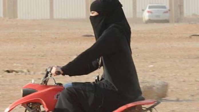 saudi-arabia-allows-women-drive-motorcycles-trucks