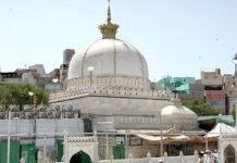 in-the-chishti-shrine-in-ajmer