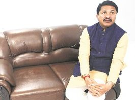 bjp-mp-resigns-party-says-leaders-not-solving-farmer-issues