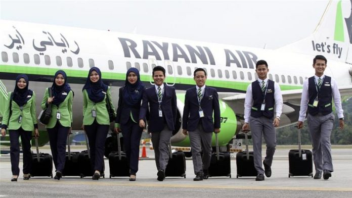 aceh-requires-muslim-air-hostesses-wear-hijab