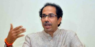 uddhav-thackeray-uses-chowkidar-chor-hai-slogan-to-attack-modi
