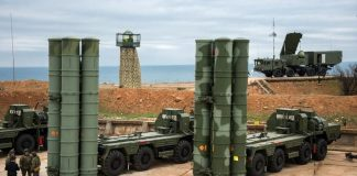 russia-expects-sign-s-400-air-defense-system-deal-india-year-official