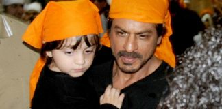 like-abram-play-hockey-india-says-shah-rukh-khan