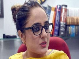 kathua-case-lawyer-deepika-rajawat-serves-legal-notice-zee-news