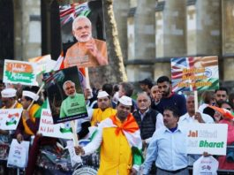 prime-minister-modi-confronted-angry-protests-london