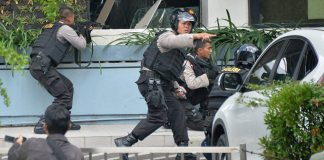 killed-injured-explosions-3-churches-indonesia