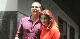 akshay-twinkle-playing-sentiments-armed-forces-say-officers