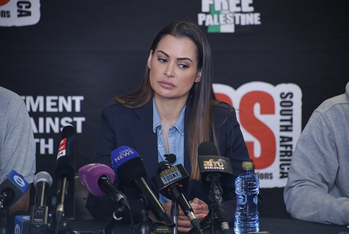 south-africans-model-shashi-naidoo-apologizes-announces-trip-palestine