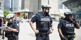 assault-toronto-muslim-investigated-hate-crime