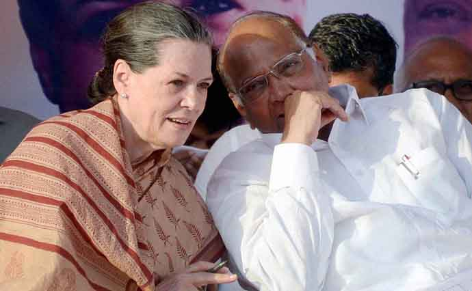 sharad-pawar-praises-sonia-and-rahul-attacks-modi