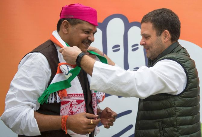 bjp-mp-kirti-azad-joins-congress